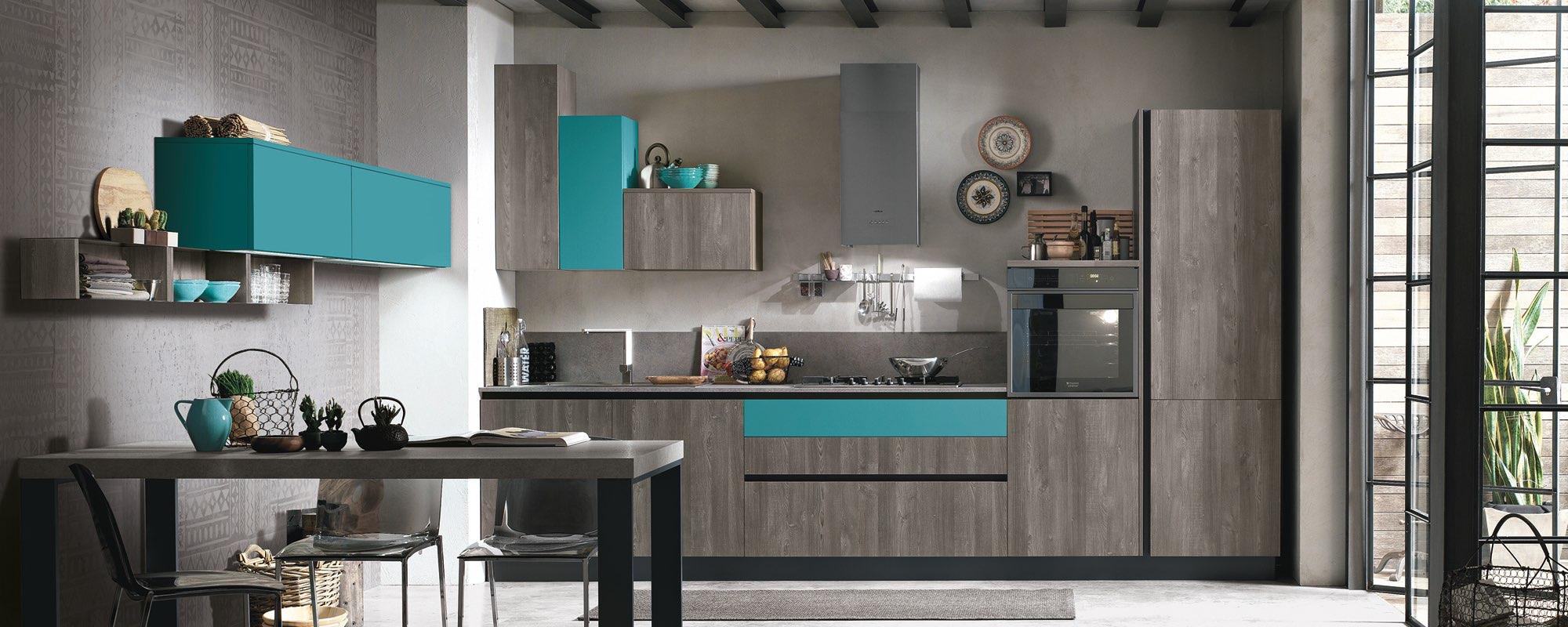 A scandiano cucine salotti camere ed arredamento per - Colori pareti cucina classica ...